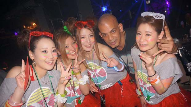 Nightlife in NAGOYA-the emporiumn Nightclub(5)