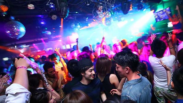 Nightlife in Osaka-Giraffe Osaka Nightclub(4)